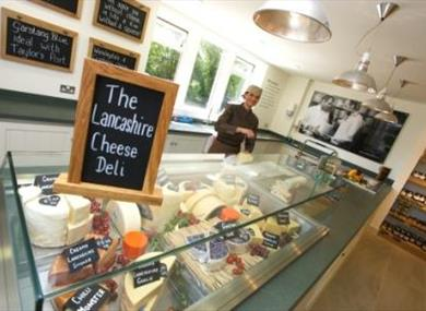 Dewlay Traditional Cheese Makers