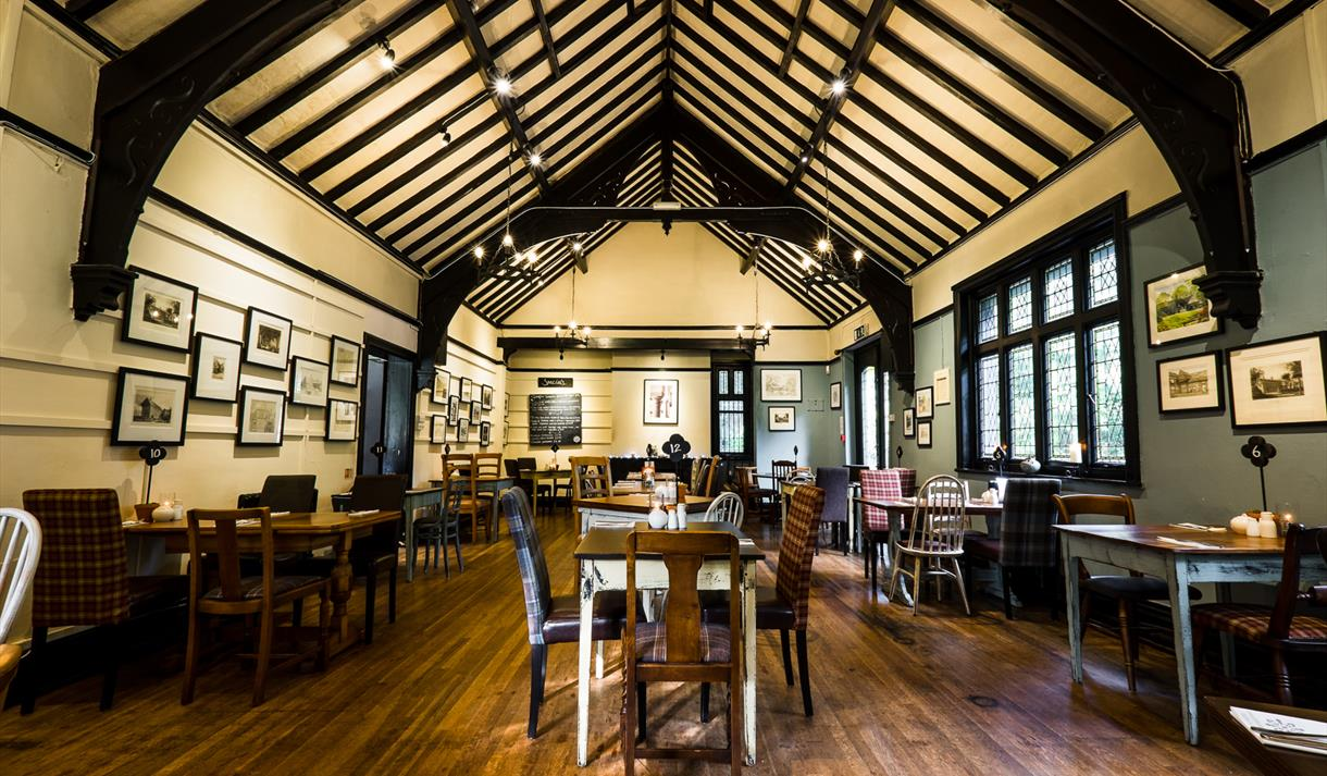 Samlesbury Hall - Restaurant