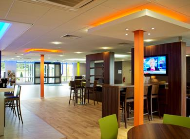 Bar at the Holiday Inn Express, Preston South