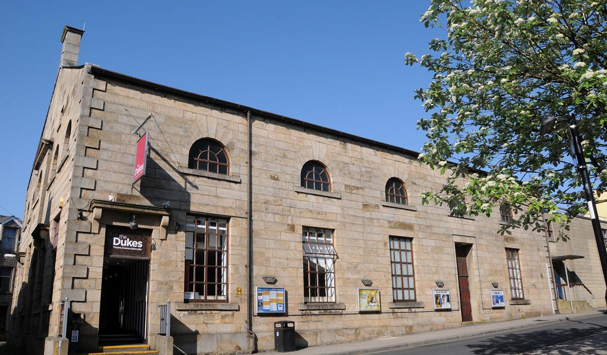 dukes theatre and cinema theatre in lancaster lancaster visit lancashire. Black Bedroom Furniture Sets. Home Design Ideas