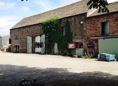 Owd Barn Country Store & Tea Room