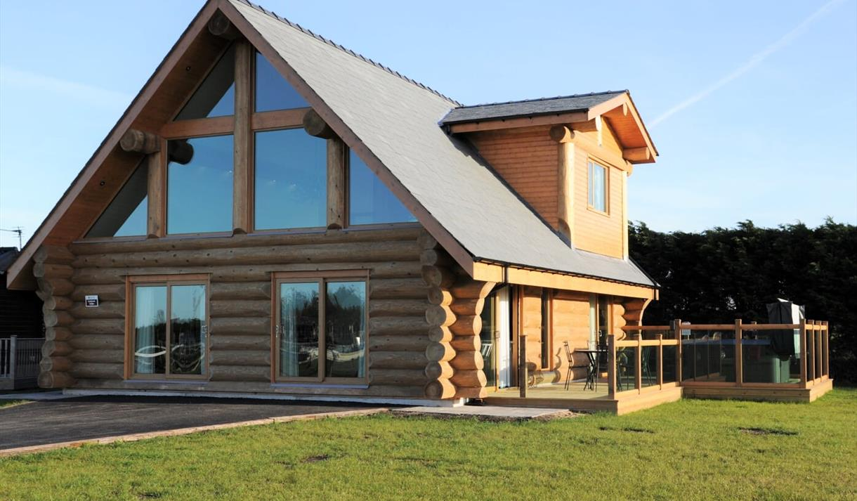 Ream Hills Luxury Holiday Lodges